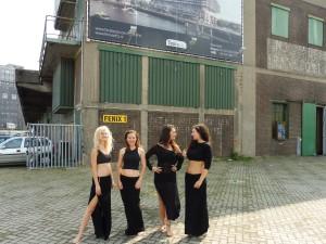 Dancers pop-opera Noresign, Rotterdam Katendrecht